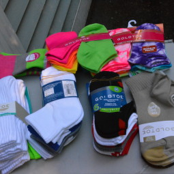 Socks and More Socks for Back to School from GOLDTOE and a GOLDTOE giveaway!
