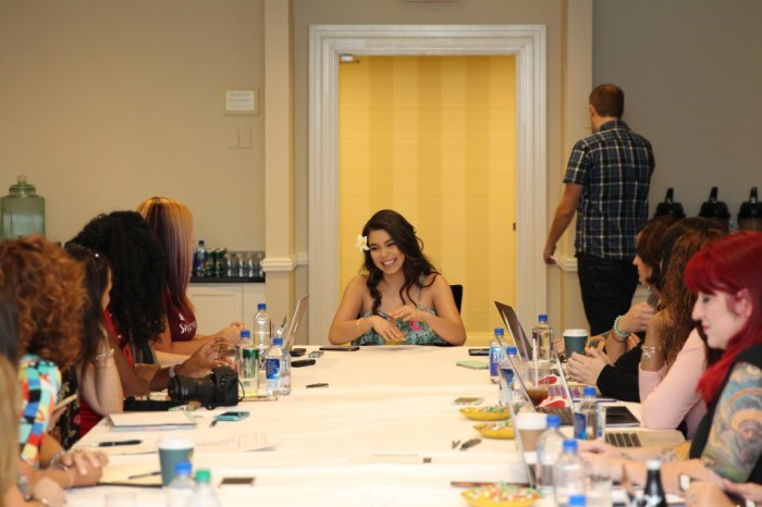 "Aulii 7 1024x683 700x466 My Interview Aulii Cravalho (voice of ""Moana"") #MoanaEvent"