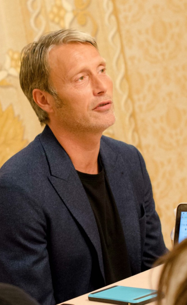 "Mads 3 627x10241 My Interview with Mads Mikkelsen (""Kaecilius"")! #DoctorStrangeEvent"