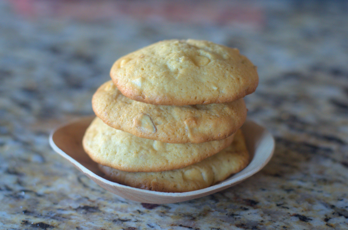 WhiteChocolateChipAlmondCookies4 700x464 Why You Must Try This White Chocolate Chip Almond Cookie!