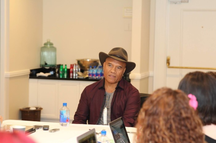 15128999 10109238109690944 2605539397106917007 o 1024x683 700x466 My Interview with Opetaia Foai (Music)  #MoanaEvent
