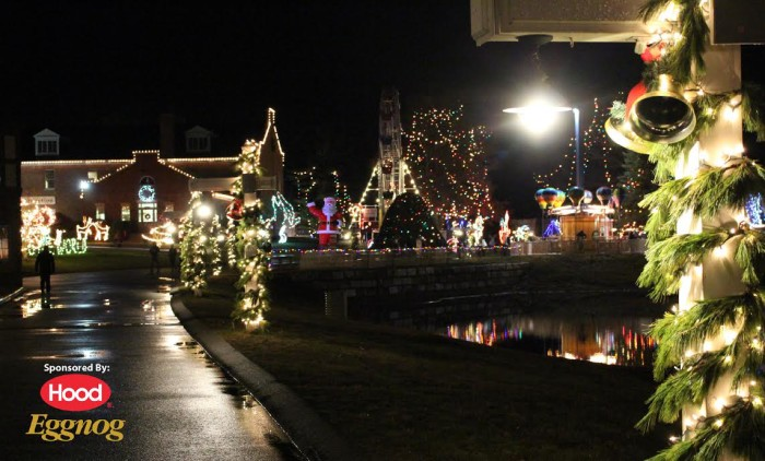 unnamed 2 700x422 Why I LOVE Edaville USA in Carver, MA?! Best Place to Visit at Christmas Time with the Festive of Lights!