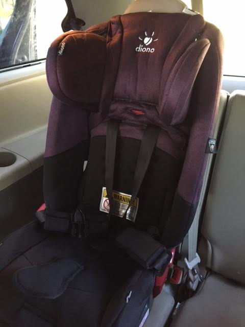 unnamed5 Diono Radian RXT Convertible Car Seat Review + Giveaway!
