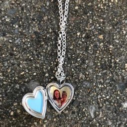 Pictures on Gold Locket Necklace Review + Giveaway!