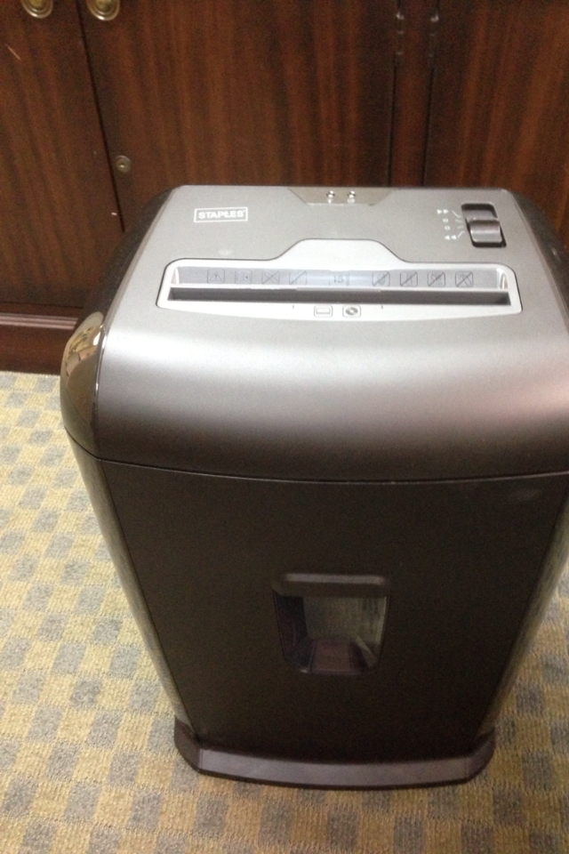 Staples Shredder