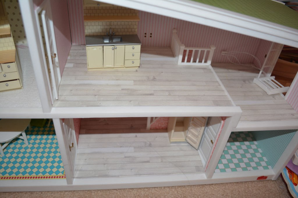 kids dollhouse