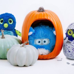 Tell Your Friends about Woobo and Win a Hatchimal!! Giveaway!