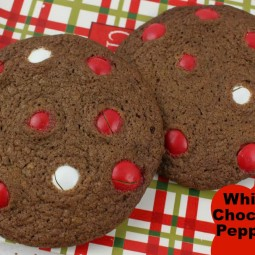 Homemade White Chocolate Peppermint M&M Cookies Recipe!