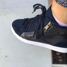 Sole Provisions Vionic Torri Navy Sneakers are perfect for the fall!