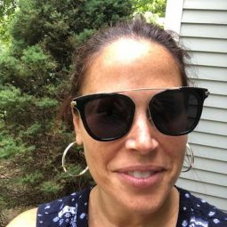 Trendy Sunglasses for Women and a Foster Grant Sunglasses Giveaway!