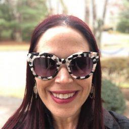 Gwen Stefani sunglasses and a L.A.M.B sunglasses giveaway!
