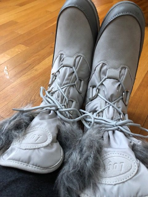 Lugz Boots Review + Giveaway!